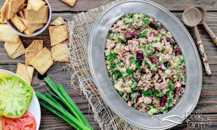 Dijon Hardallı Ton Balığı Salatası