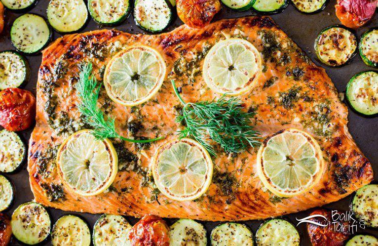 Fırında Sebzeli Somon Fileto