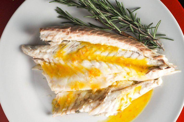 Fırında Biberiyeli Portakallı Levrek Tarifi