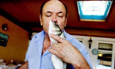 Evdeki Balık Kokusu En Kolay Nasıl Gider?
